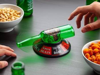 Snurra Flaskan Partyspel