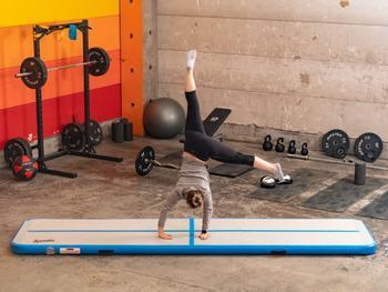Spralla Uppblåsbar Gymnastikmatta